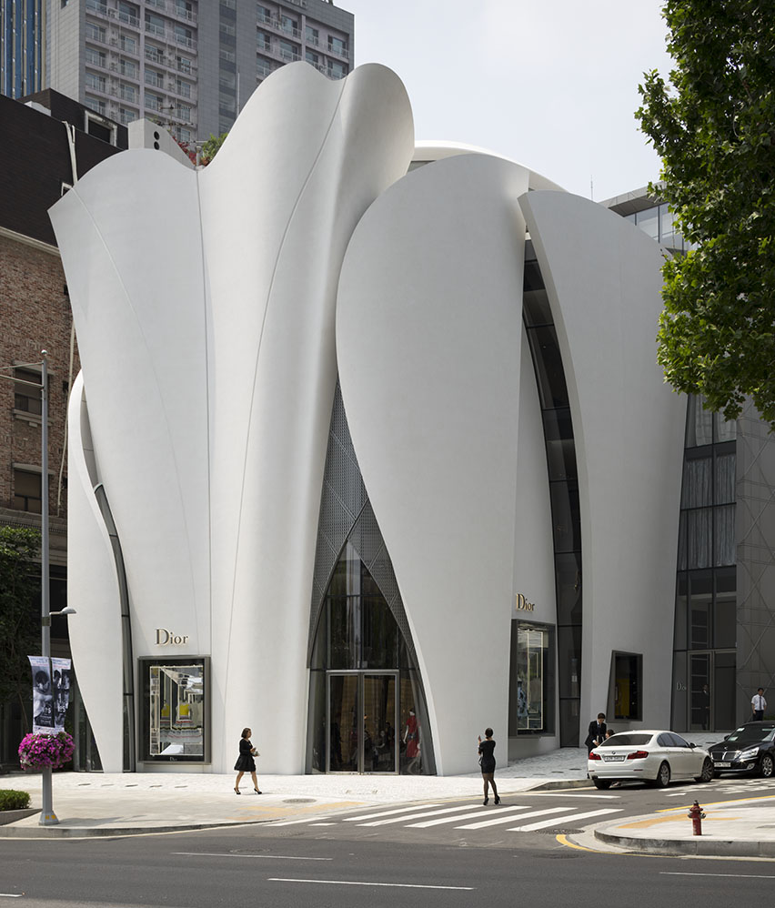 Vitrocsa Project Maison Dior in Seoul | The Original Minimalist Window